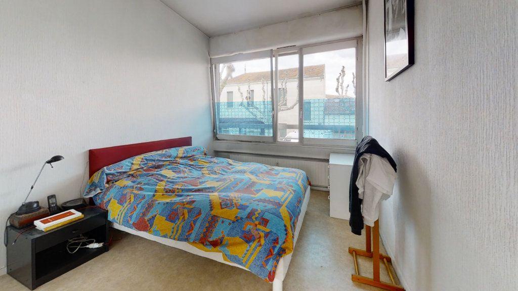 Appartement à vendre 5 100m2 à Roanne vignette-7