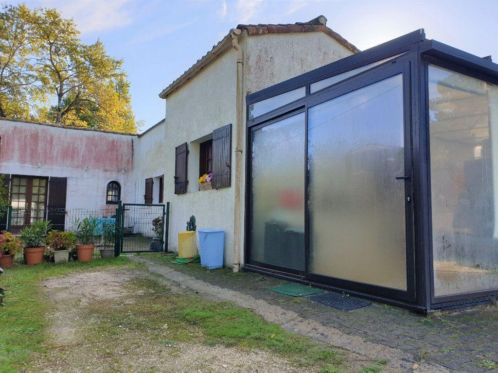 Maison à vendre 3 78m2 à Les Mathes vignette-1