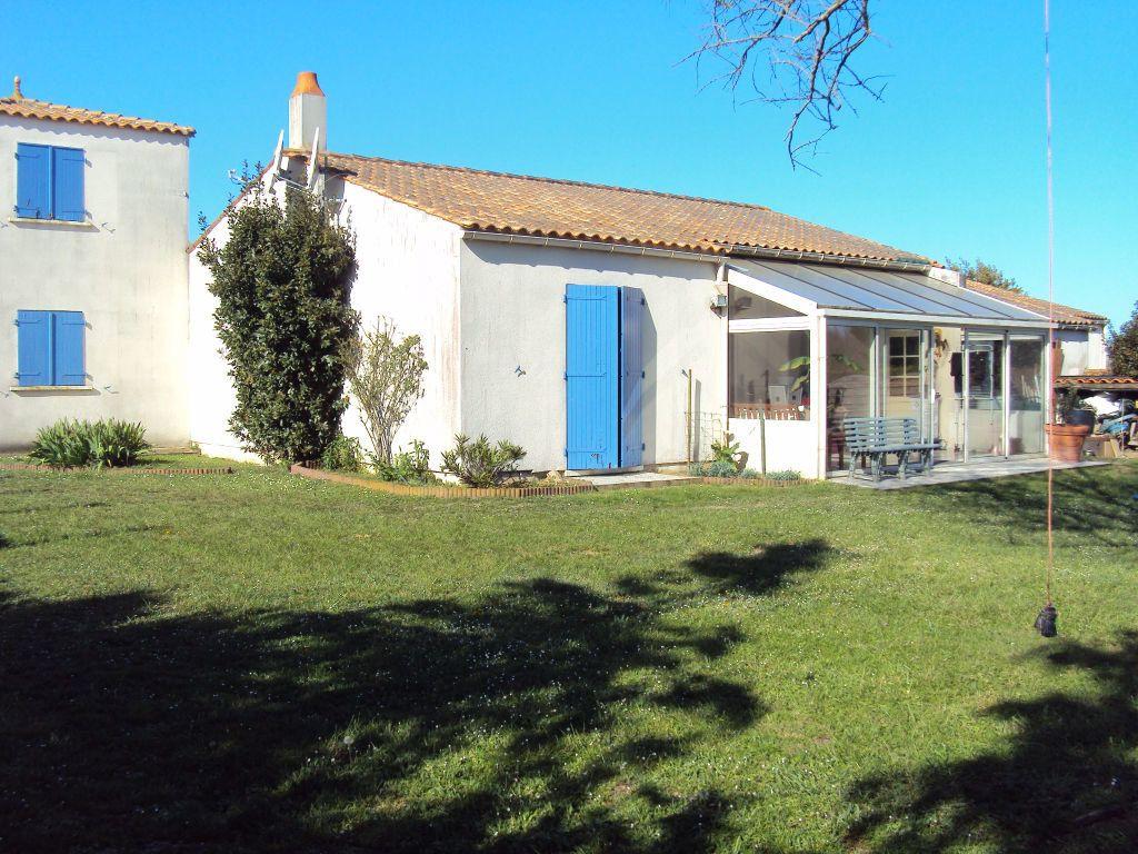 Maison à vendre 5 129m2 à La Brée-les-Bains vignette-1