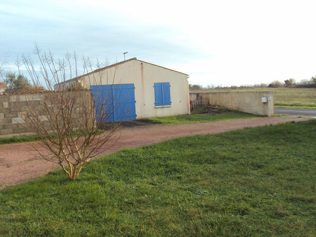 Maison à vendre 5 129m2 à La Brée-les-Bains vignette-4
