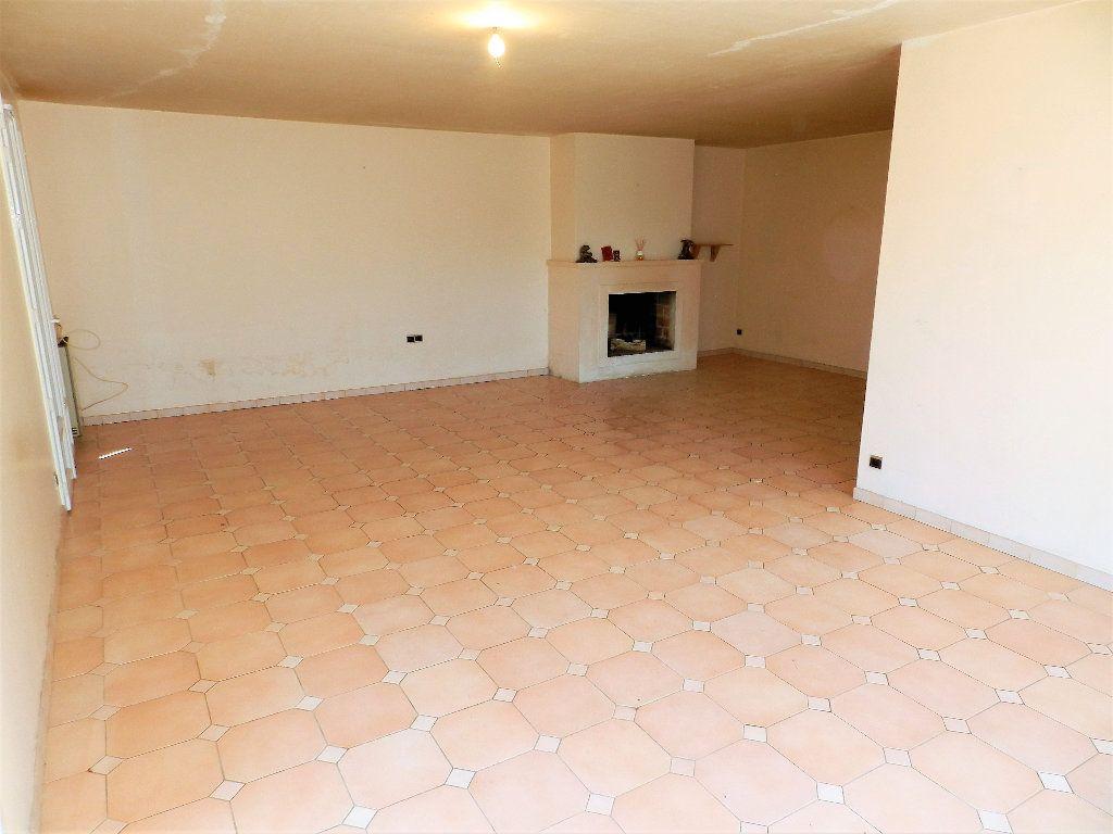 Maison à vendre 3 84m2 à Saint-Trojan-les-Bains vignette-3