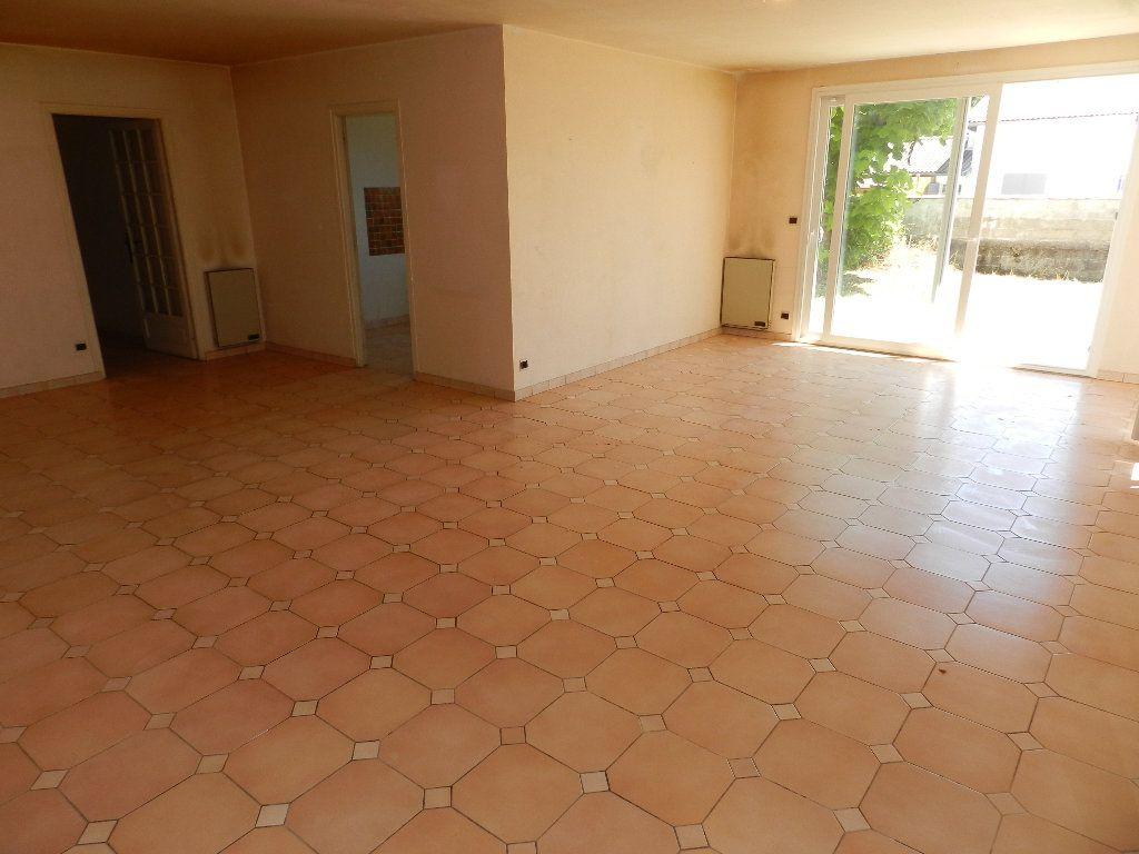 Maison à vendre 3 84m2 à Saint-Trojan-les-Bains vignette-4