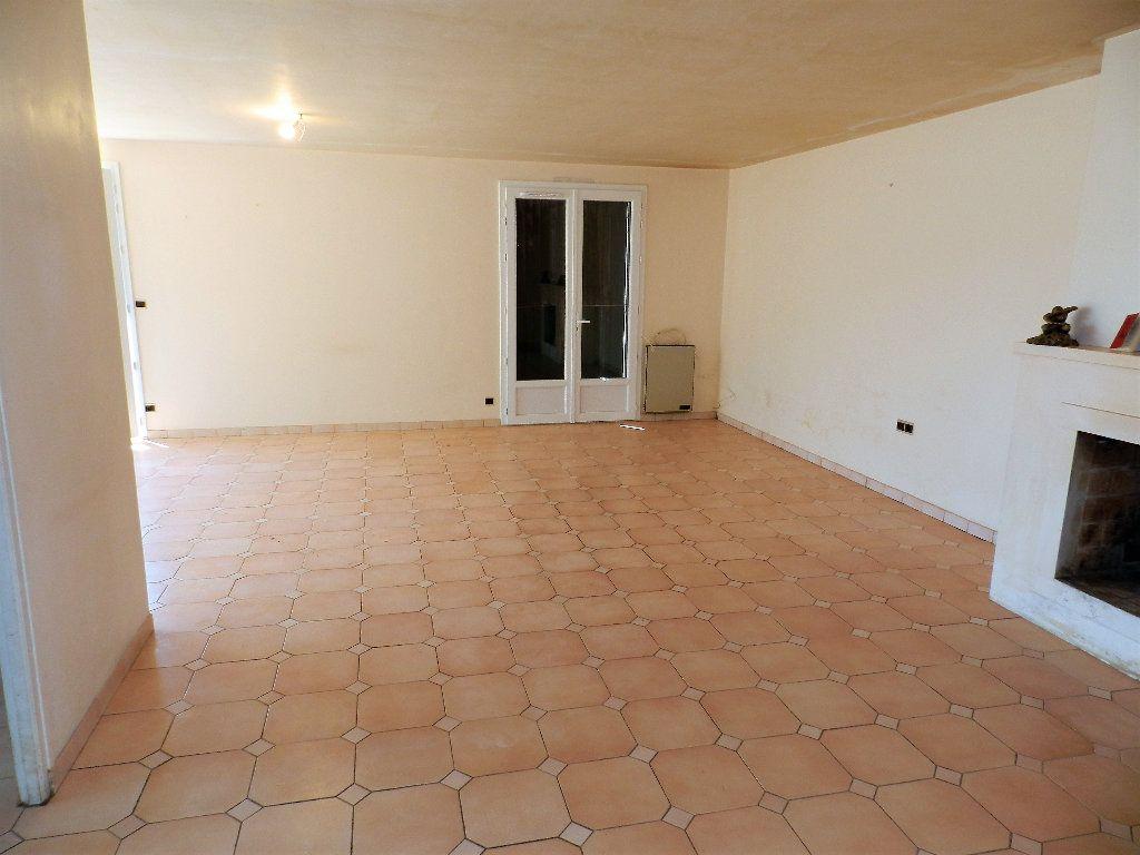 Maison à vendre 3 84m2 à Saint-Trojan-les-Bains vignette-5