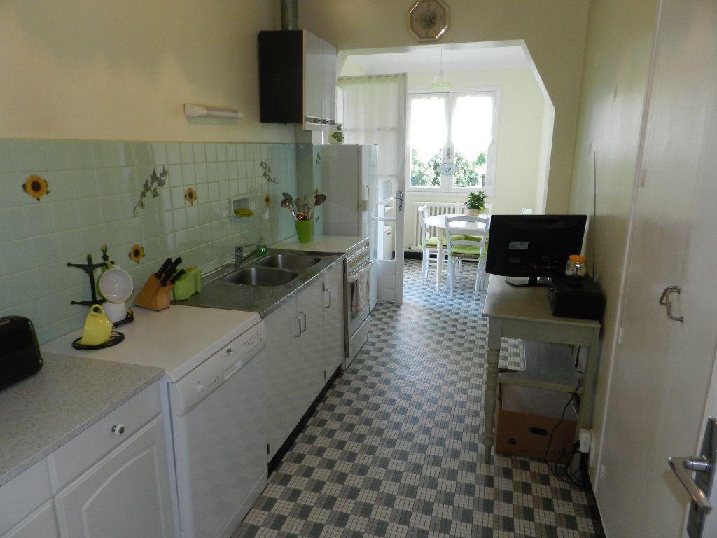 Maison à vendre 4 86m2 à Saint-Pierre-d'Oléron vignette-5