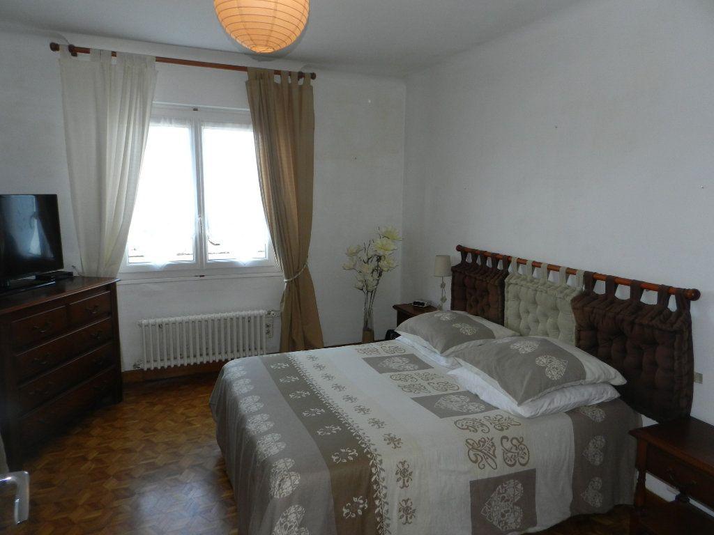 Maison à vendre 4 86m2 à Saint-Pierre-d'Oléron vignette-7