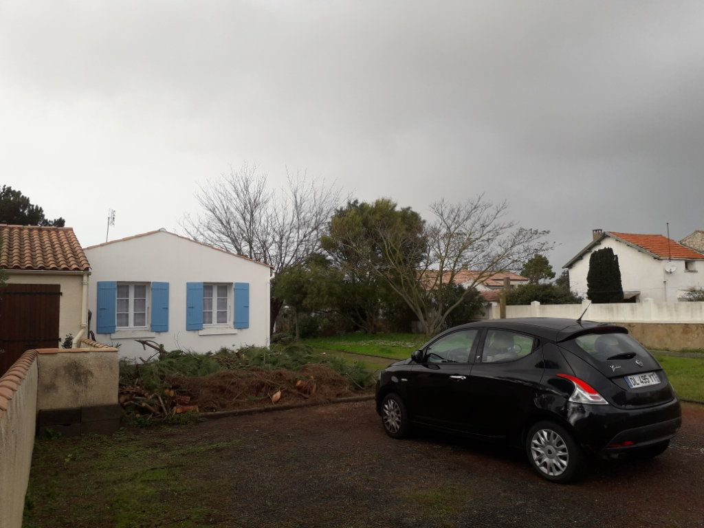 Maison à vendre 3 50m2 à Saint-Pierre-d'Oléron vignette-2