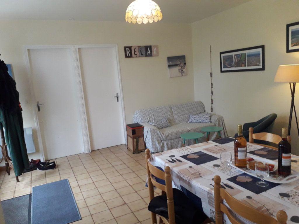 Maison à vendre 3 50m2 à Saint-Pierre-d'Oléron vignette-9