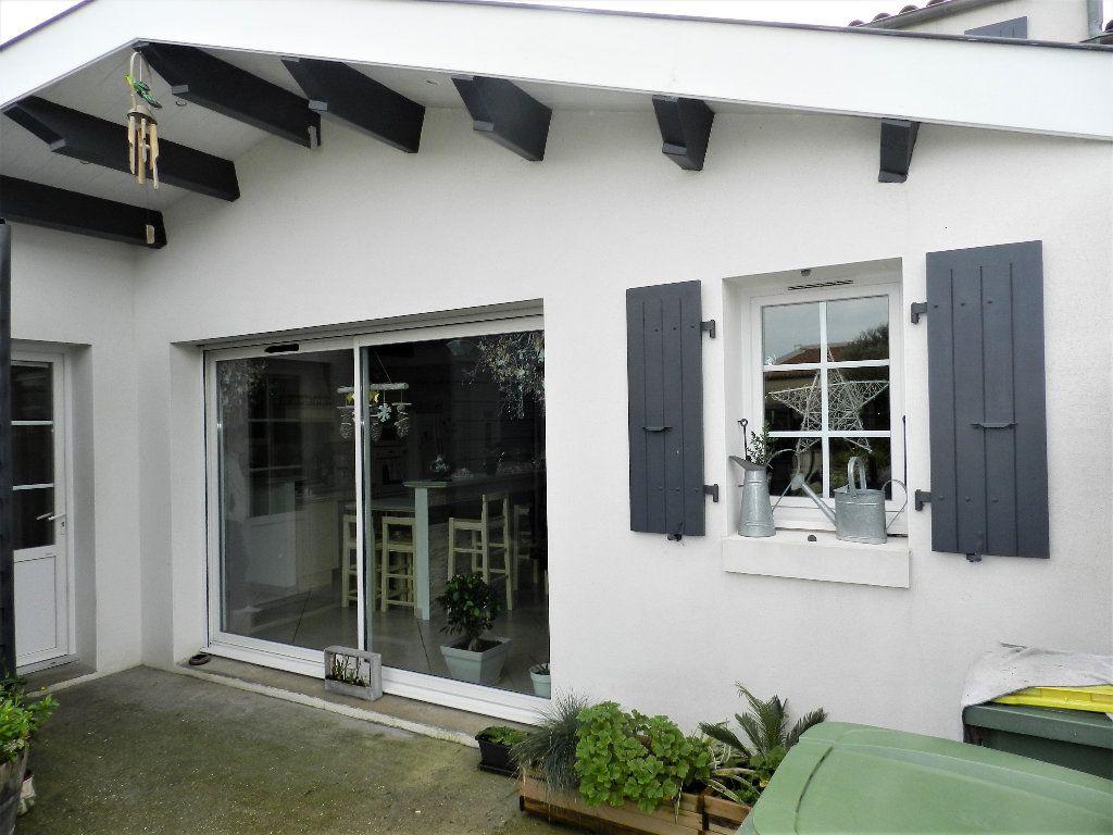 Maison à vendre 5 170m2 à Dolus-d'Oléron vignette-1