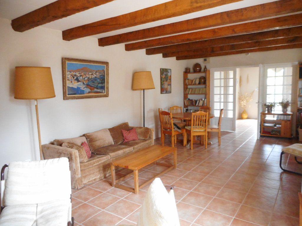 Maison à vendre 9 163m2 à Saint-Georges-d'Oléron vignette-3
