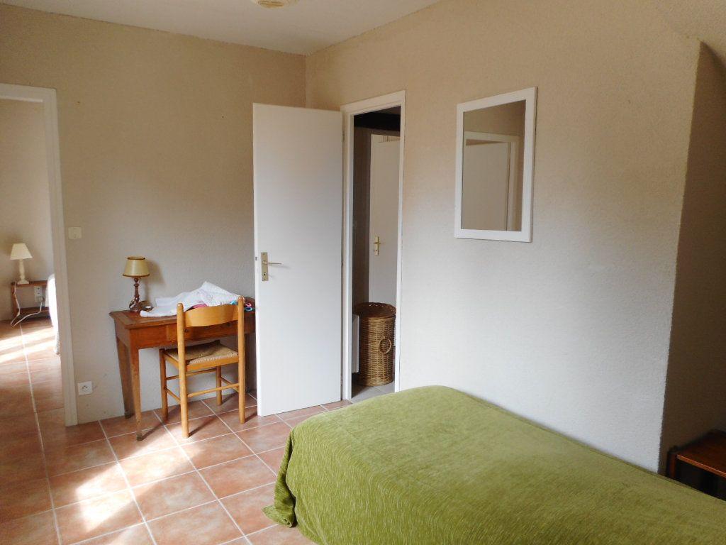 Maison à vendre 9 163m2 à Saint-Georges-d'Oléron vignette-6