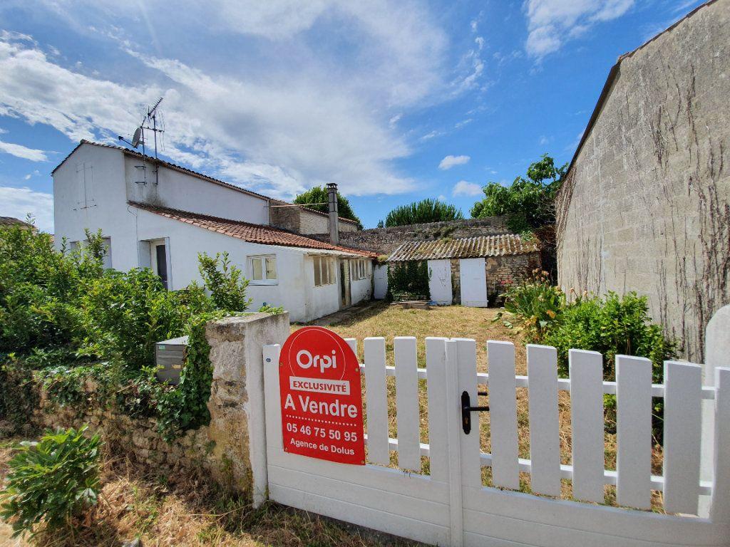 Maison à vendre 6 110m2 à Dolus-d'Oléron vignette-1