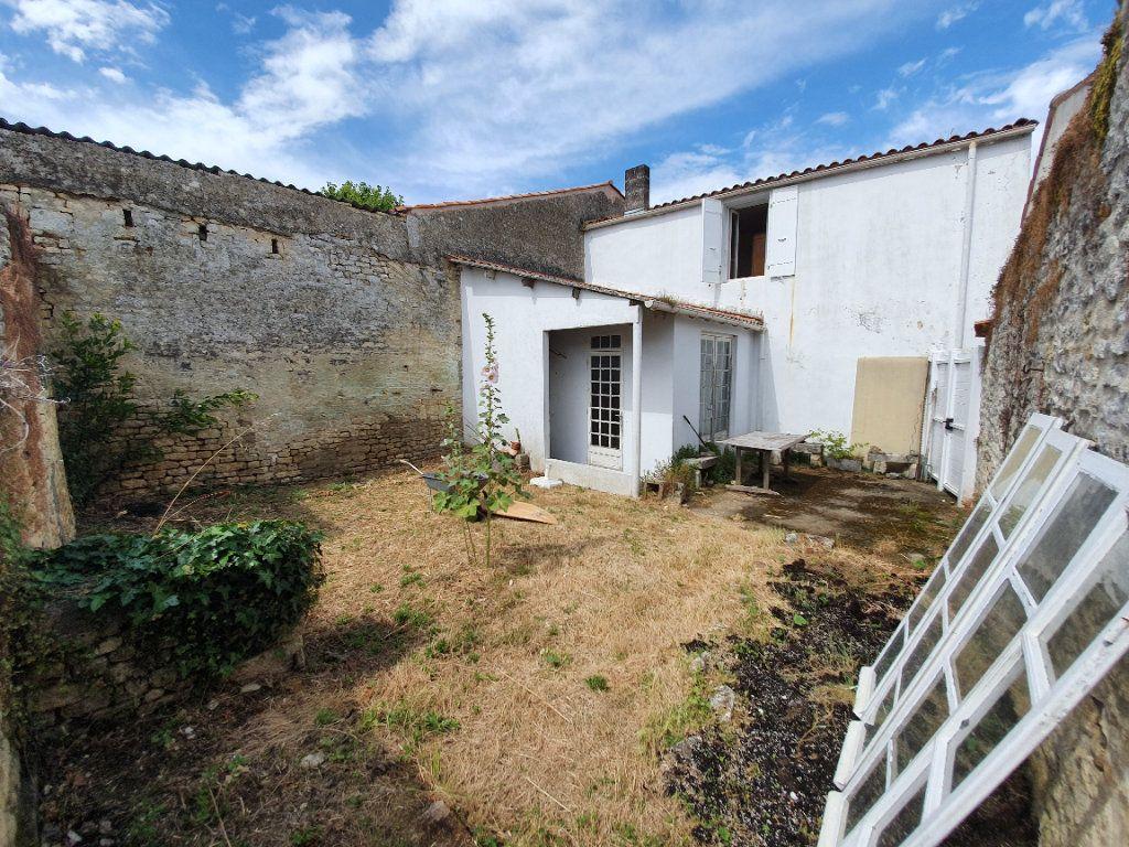 Maison à vendre 6 110m2 à Dolus-d'Oléron vignette-2