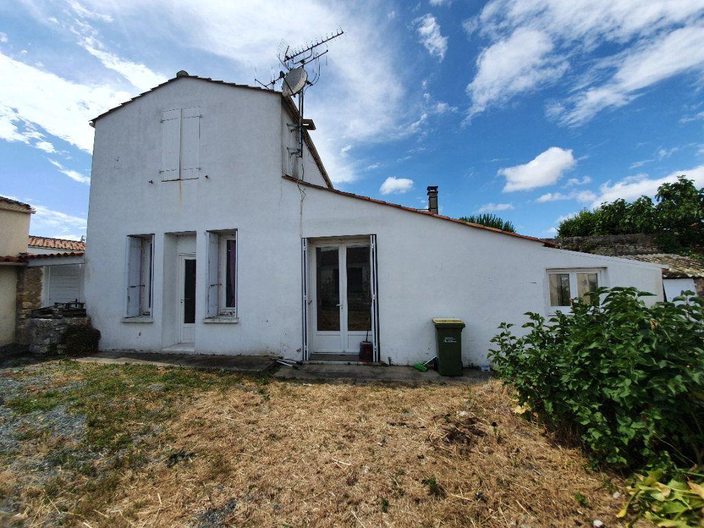 Maison à vendre 6 110m2 à Dolus-d'Oléron vignette-3
