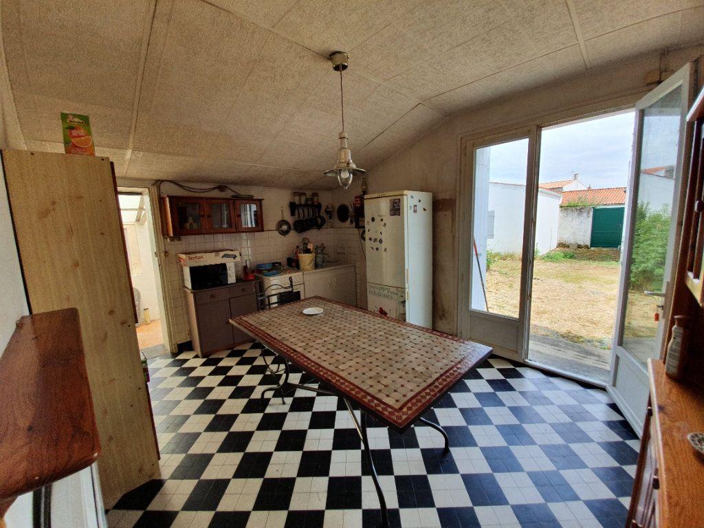 Maison à vendre 6 110m2 à Dolus-d'Oléron vignette-4