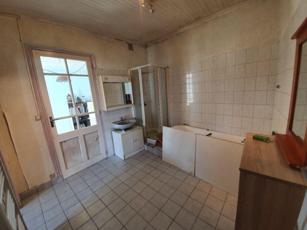 Maison à vendre 6 110m2 à Dolus-d'Oléron vignette-9