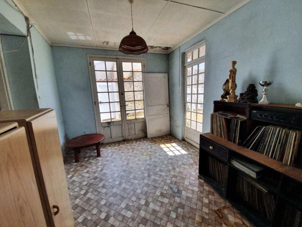 Maison à vendre 6 110m2 à Dolus-d'Oléron vignette-11