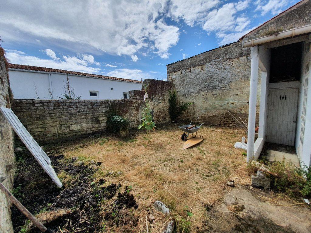 Maison à vendre 6 110m2 à Dolus-d'Oléron vignette-15
