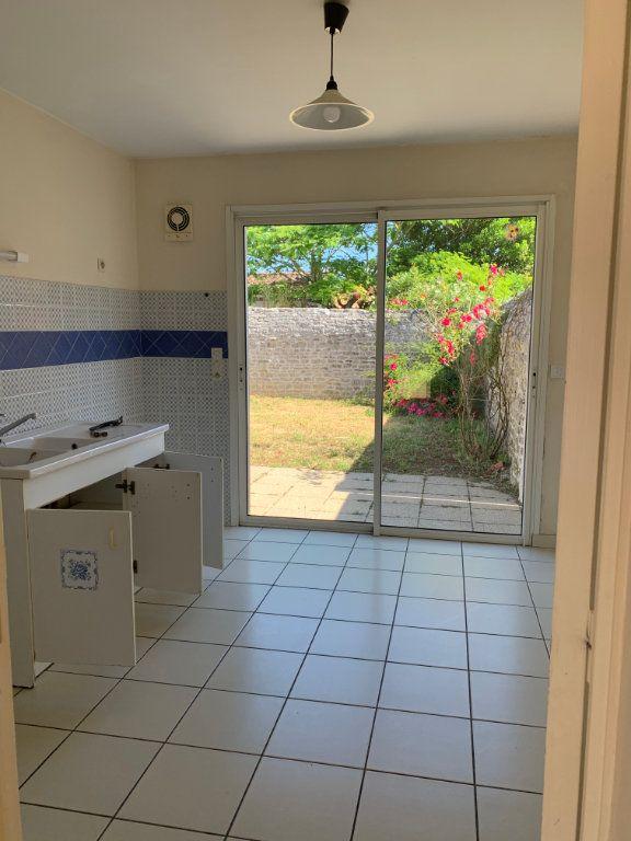 Maison à vendre 4 83m2 à Saint-Pierre-d'Oléron vignette-5