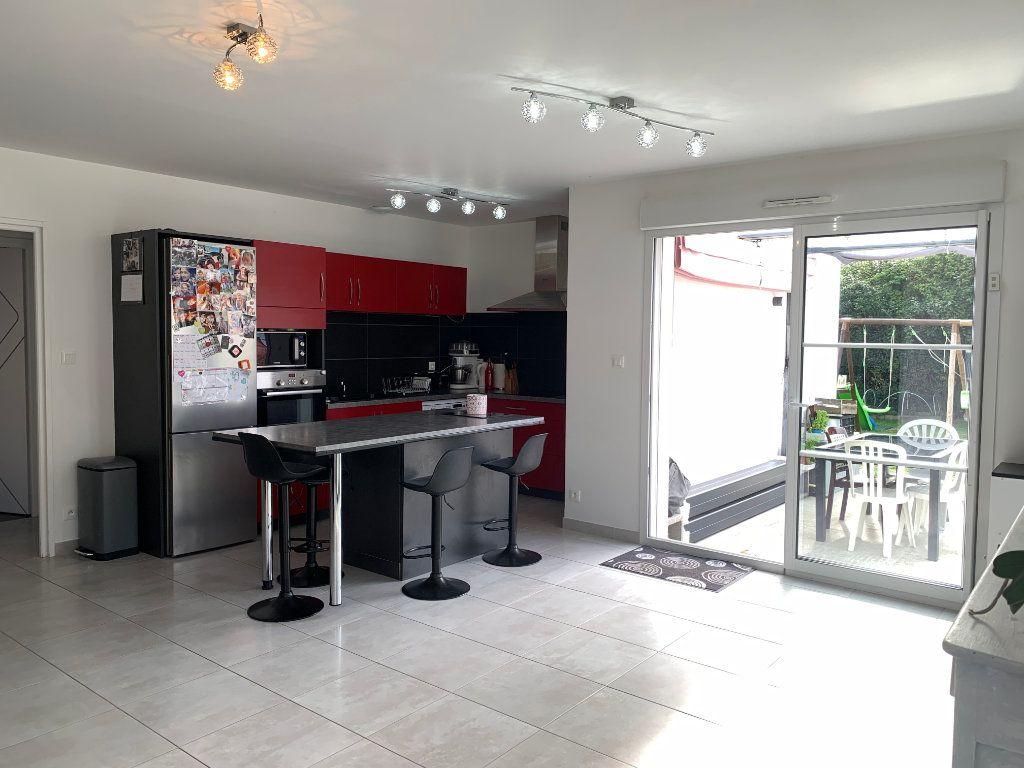 Maison à vendre 5 108m2 à Saint-Pierre-d'Oléron vignette-2