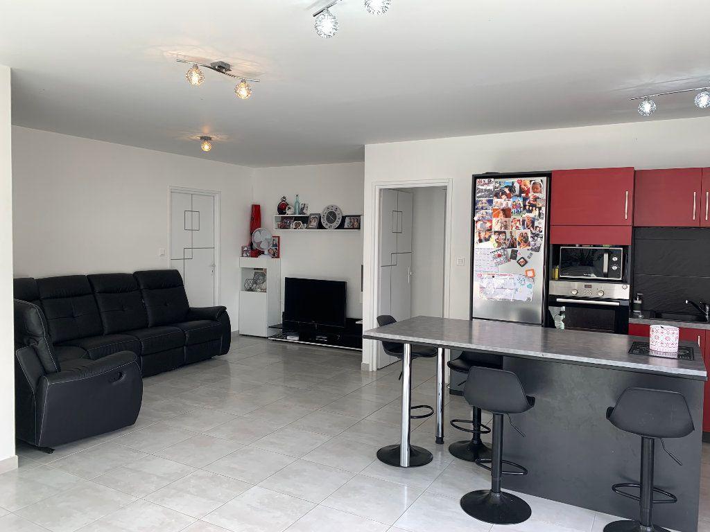 Maison à vendre 5 108m2 à Saint-Pierre-d'Oléron vignette-3