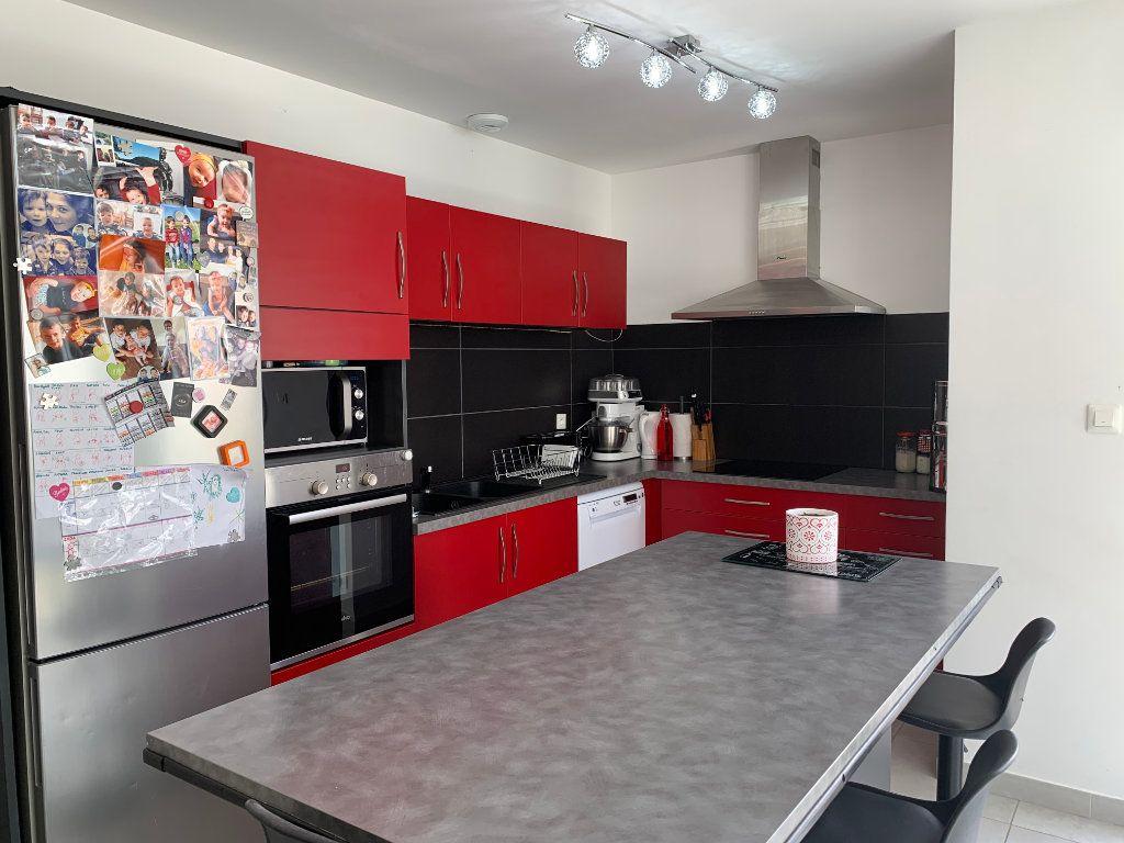 Maison à vendre 5 108m2 à Saint-Pierre-d'Oléron vignette-4