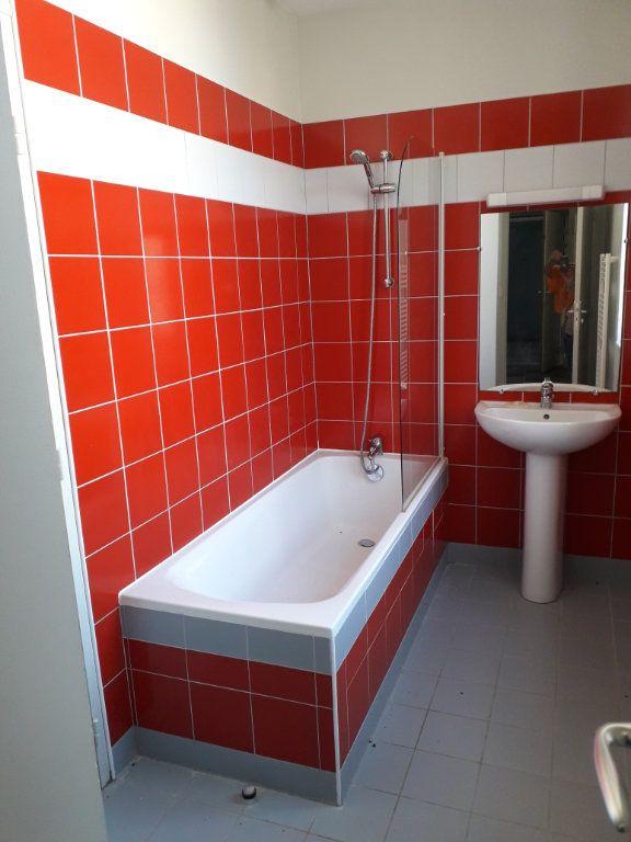 Appartement à vendre 2 44.63m2 à Le Château-d'Oléron vignette-4