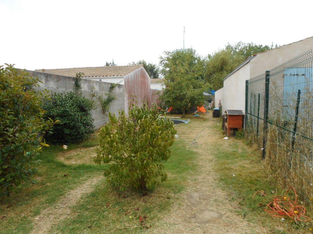 Maison à vendre 4 133m2 à Le Château-d'Oléron vignette-3