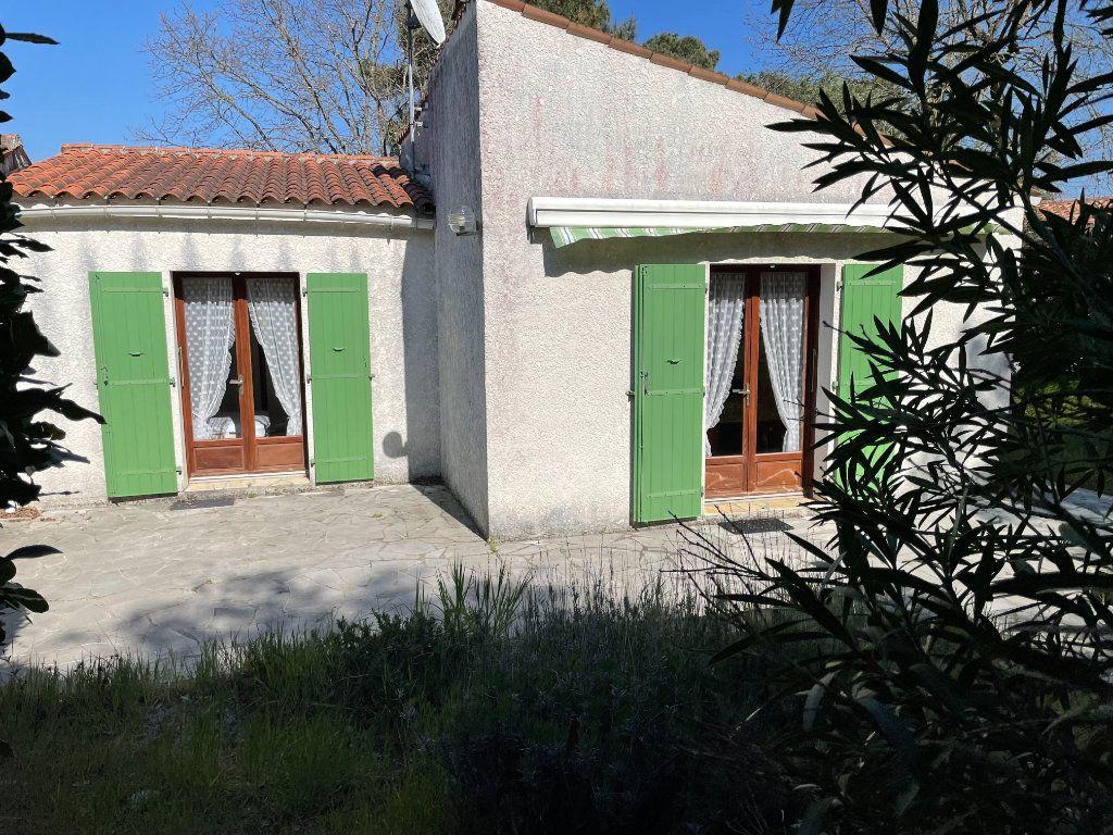 Maison à vendre 3 60.4m2 à Dolus-d'Oléron vignette-3