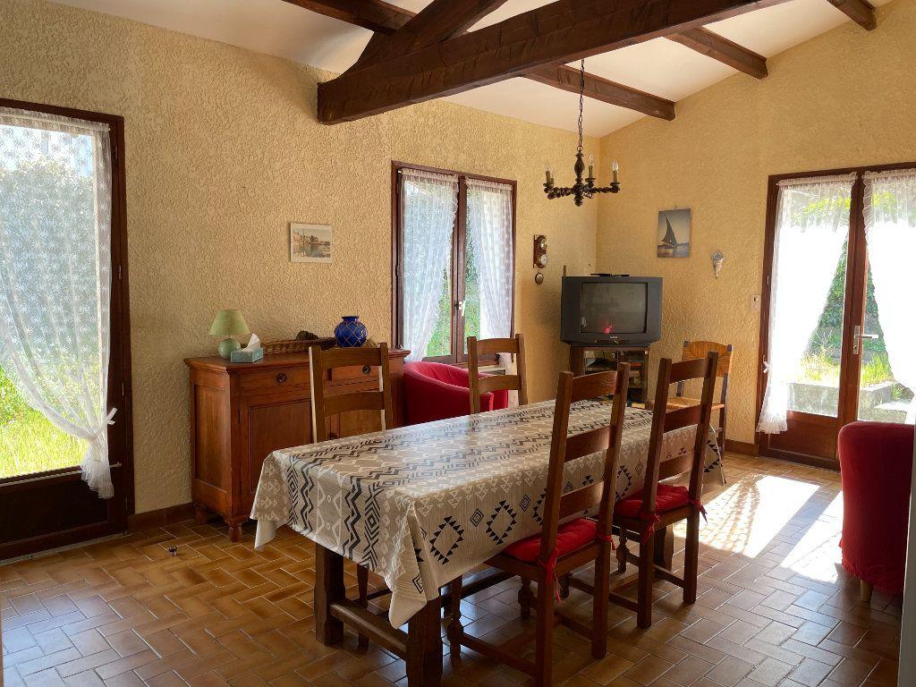 Maison à vendre 3 60.4m2 à Dolus-d'Oléron vignette-8