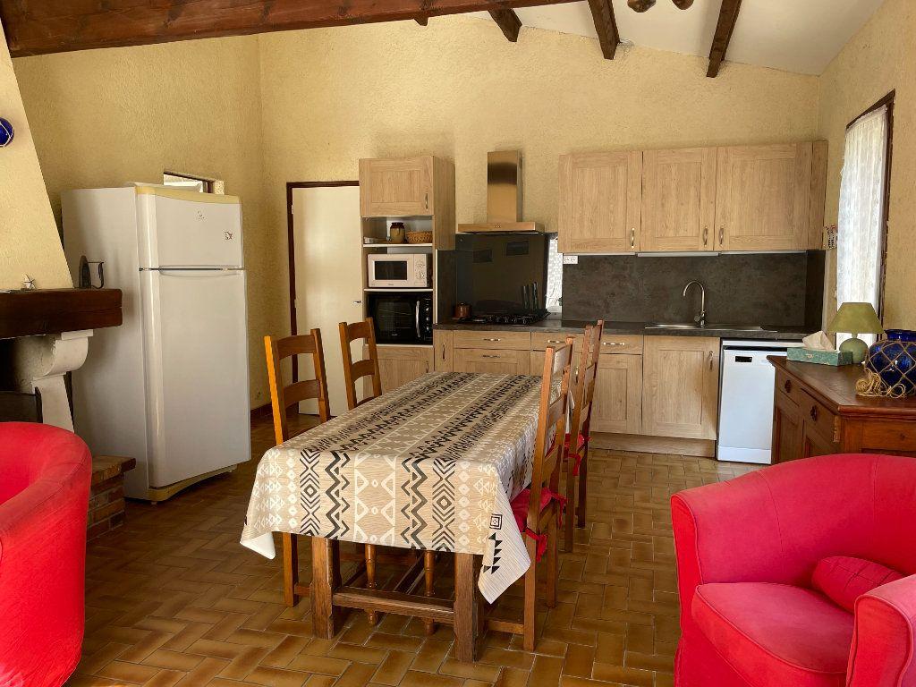 Maison à vendre 3 60.4m2 à Dolus-d'Oléron vignette-9