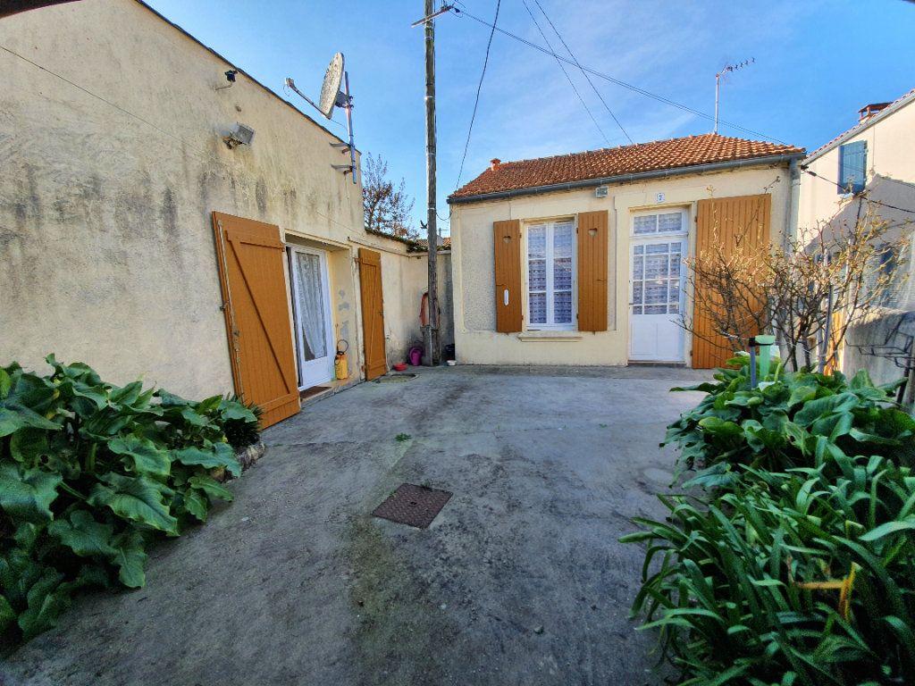 Maison à vendre 4 67m2 à Dolus-d'Oléron vignette-1