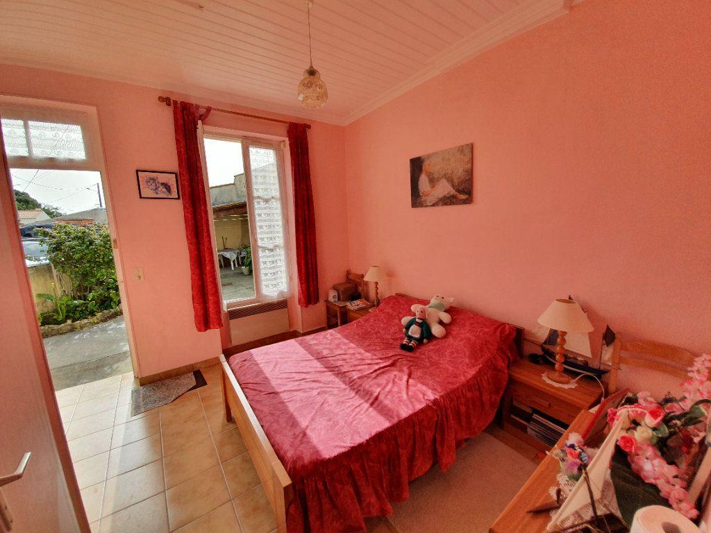 Maison à vendre 4 67m2 à Dolus-d'Oléron vignette-12