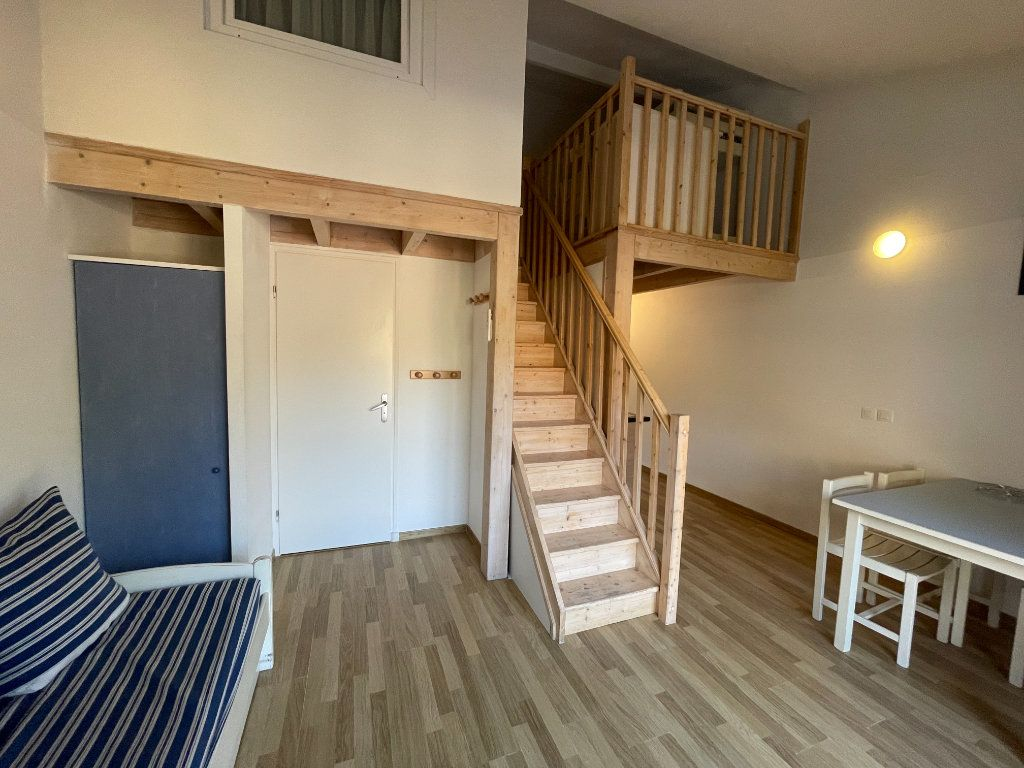 Appartement à vendre 2 28.58m2 à Saint-Georges-d'Oléron vignette-1