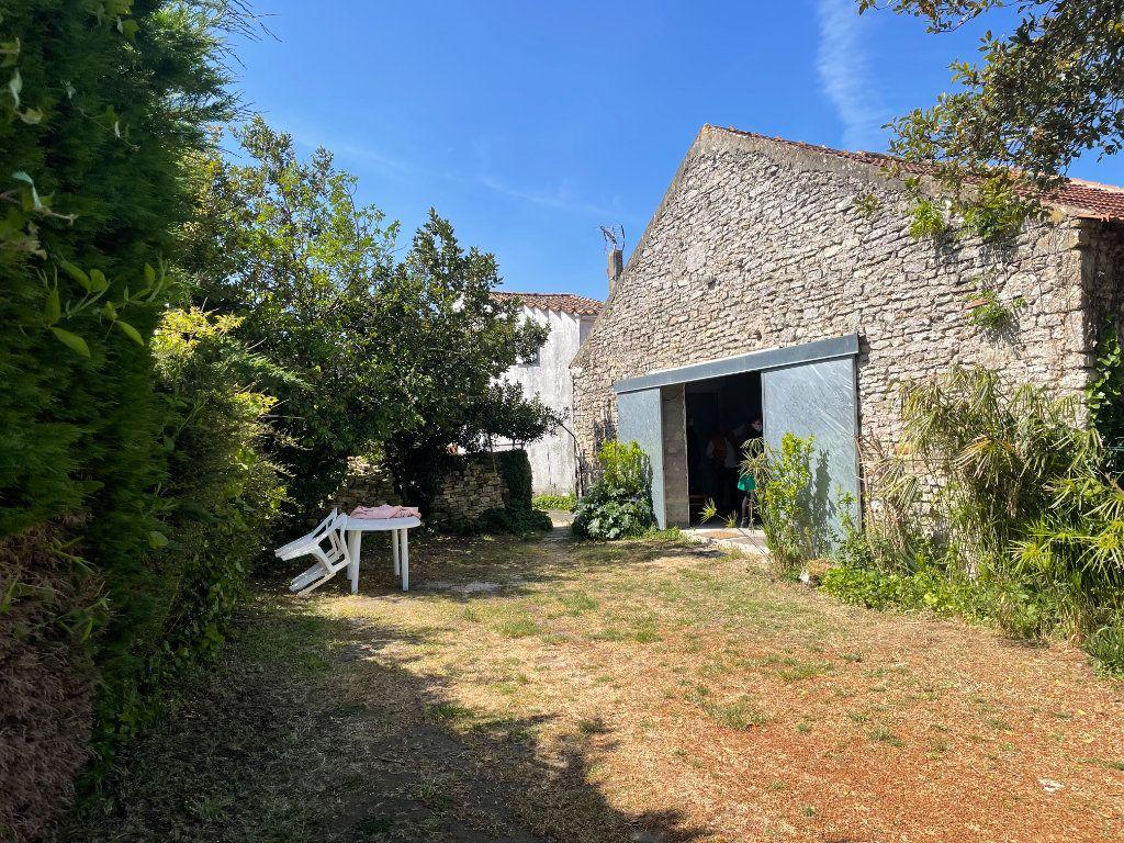 Maison à vendre 3 64.2m2 à Le Château-d'Oléron vignette-1