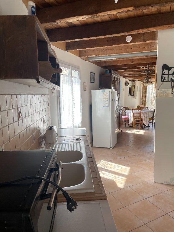 Maison à vendre 3 64.2m2 à Le Château-d'Oléron vignette-3