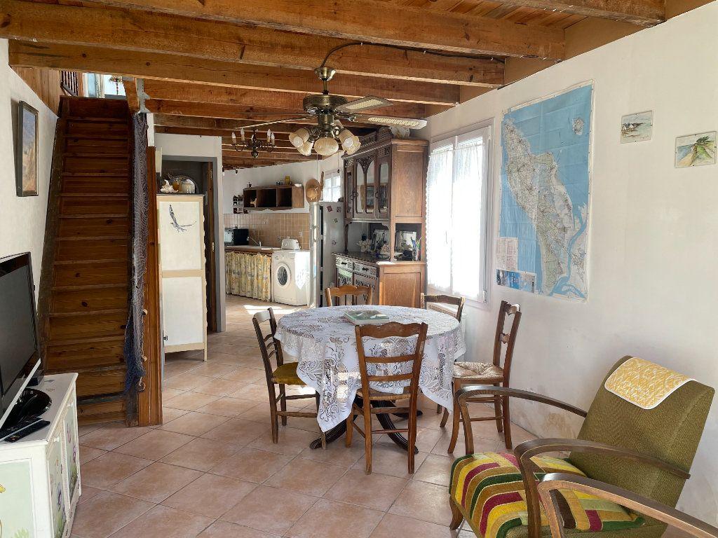 Maison à vendre 3 64.2m2 à Le Château-d'Oléron vignette-4
