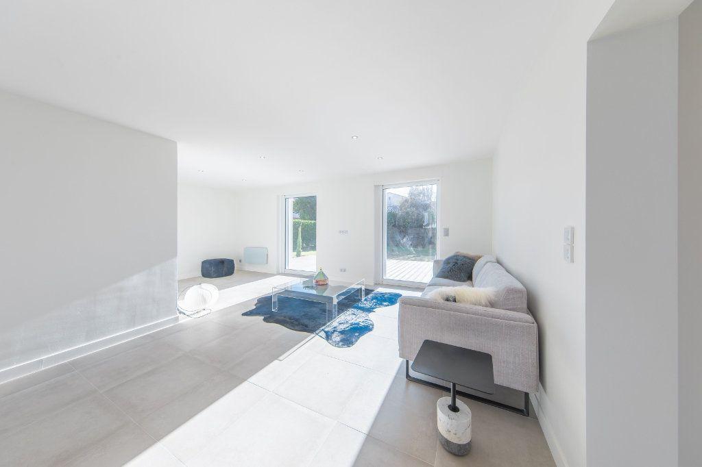 Maison à vendre 4 150m2 à Royan vignette-6