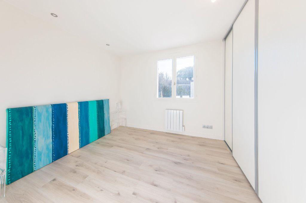 Maison à vendre 4 150m2 à Royan vignette-9