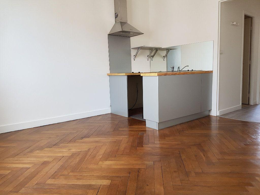 Appartement à vendre 2 23.67m2 à Royan vignette-3