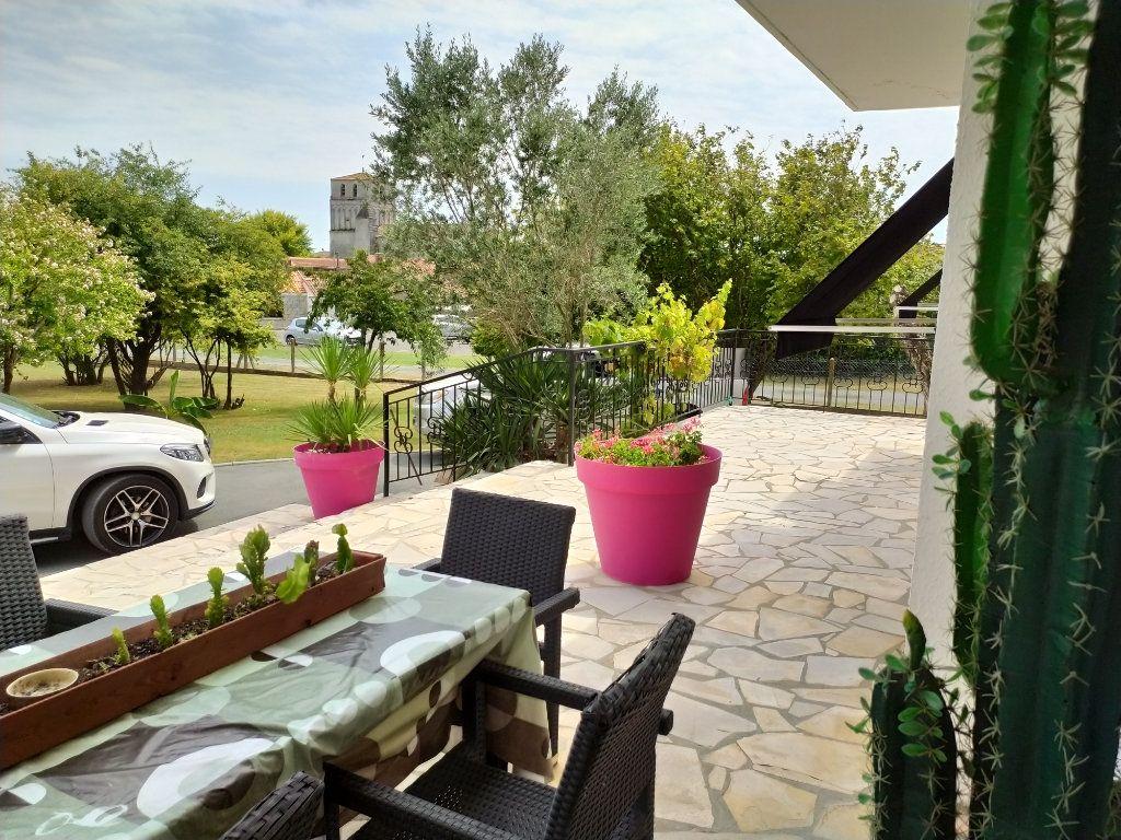 Maison à vendre 7 190m2 à Saint-Sulpice-de-Royan vignette-6