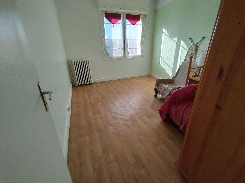 Appartement à vendre 3 70m2 à Royan vignette-6