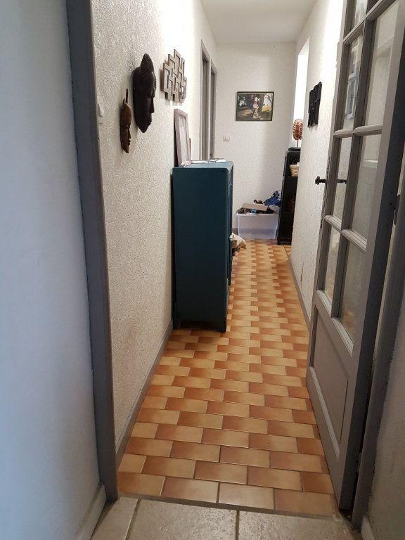 Maison à vendre 5 89.3m2 à Corme-Écluse vignette-4