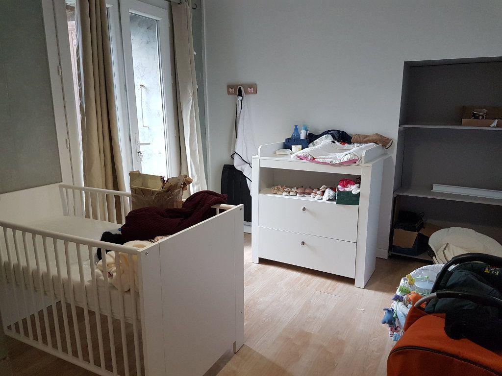 Maison à vendre 5 89.3m2 à Corme-Écluse vignette-7