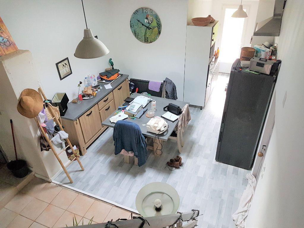 Maison à vendre 5 89.3m2 à Corme-Écluse vignette-10