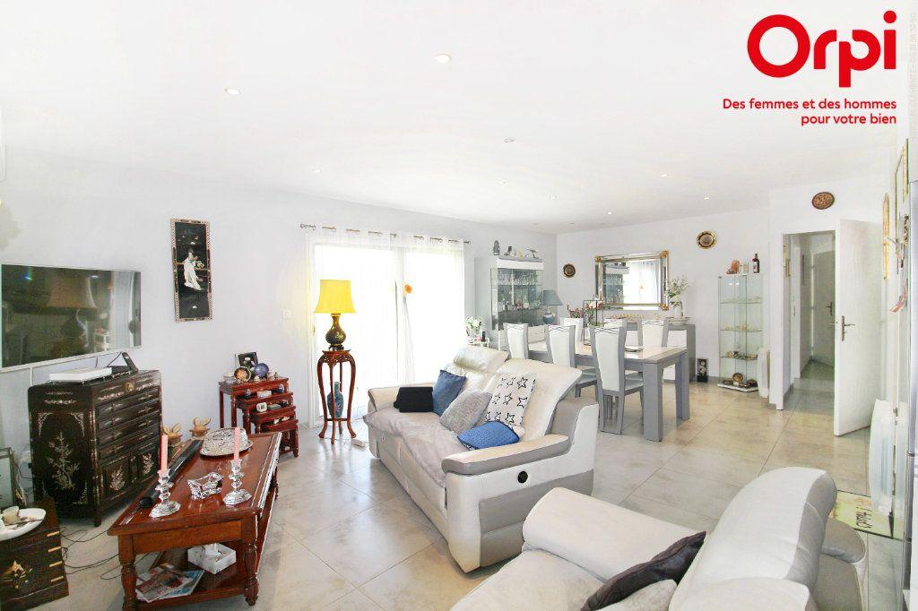 Maison à vendre 5 118m2 à Saint-Sulpice-de-Royan vignette-4