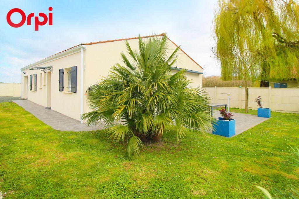 Maison à vendre 5 118m2 à Saint-Sulpice-de-Royan vignette-11