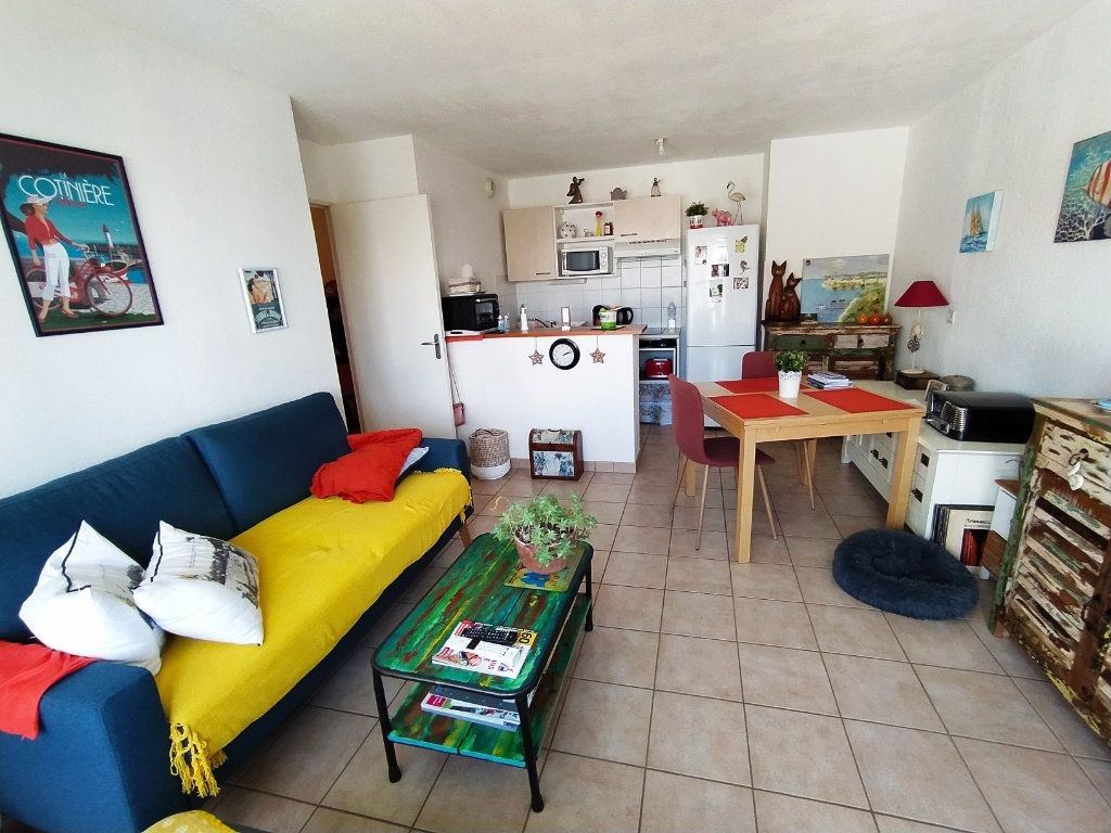 Appartement à vendre 2 40m2 à Royan vignette-2
