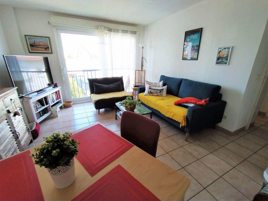 Appartement à vendre 2 40m2 à Royan vignette-3