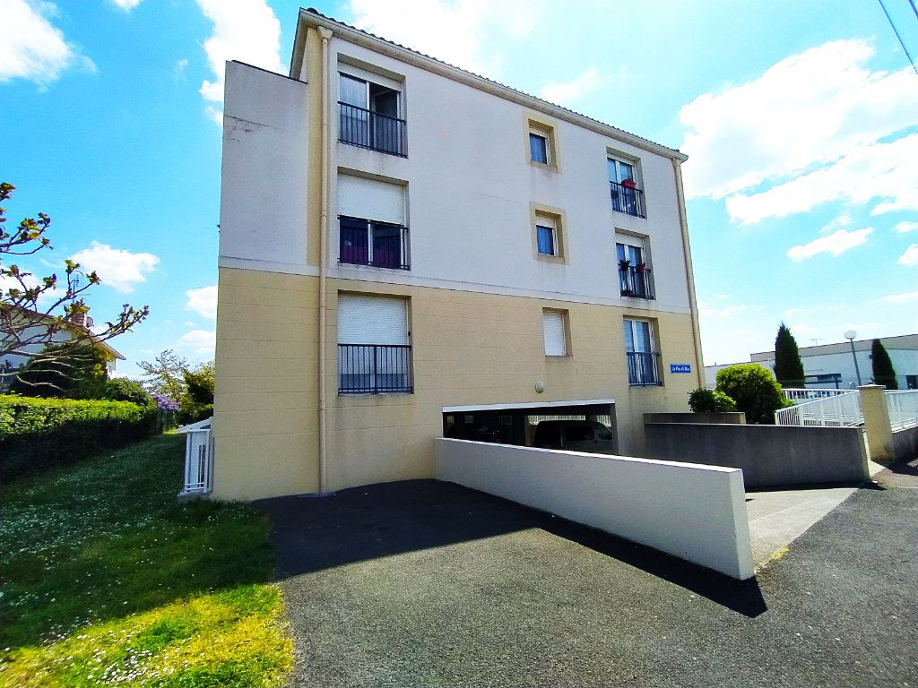 Appartement à vendre 2 40m2 à Royan vignette-6