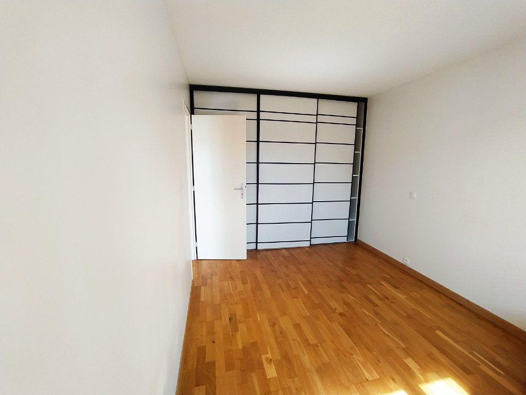 Appartement à vendre 2 48.9m2 à Royan vignette-4